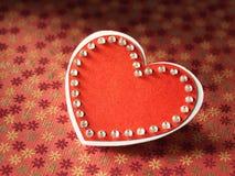 Ferier card med ordförälskelse och hjärta Arkivbild