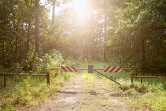 fermé entrez pas le paradis à la voie Photo stock