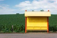 Fermata dell'autobus rurale Immagine Stock