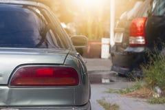 Fermata dell'automobile della parte nel parcheggio fotografia stock libera da diritti