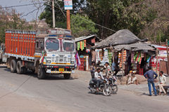 Fermata di camion indiana Fotografie Stock Libere da Diritti