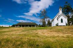 Ferme et chapelle Image libre de droits