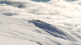 Ferme isolée dans les montagnes Photo stock