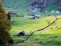 Fermes rurales et l'architecture traditionnelle de St Johann d'alt dans Thur River Valley images stock