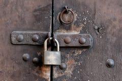 Fermez à clef sur la porte Image stock