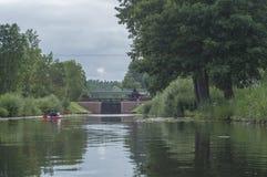 Fermez à clef sur la rivière en Pologne Image libre de droits