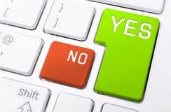 Fermez-vous d'un clavier avec l'oui et aucun boutons Photo stock