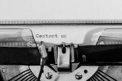 Fermez-vous d'une machine à écrire Images stock
