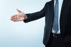 Fermez-vous d'une main étant prête pour la salutation Photo libre de droits