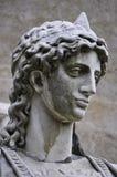 Fermez-vous d'une sculpture de marbre d'un ange images libres de droits