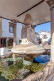 Fermez-vous de Fonte DA Vila (fontaine de villes) dans le quart juif de Castelo de Vide Photo stock