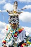 Fermez-vous de l'ado dans la robe indigène Images libres de droits