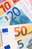 Fermez-vous de l'euro devise Photos stock