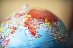 Fermez-vous de l'Inde sur le globe Photo libre de droits