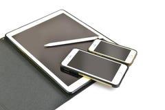 Fermez-vous de l'iPhone 6s plus, iPhone 5s et ipad pro Photo stock