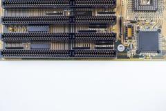 Fermez-vous de la carte mère de PC sur le fond/texture blancs Photographie stock
