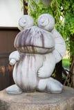 Fermez-vous de la statue de grenouille à Matsumoto, Japon photo libre de droits