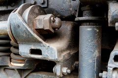 Fermez-vous de la vieille suspension de locomotive diesel Photos stock