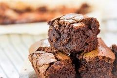 Fermez-vous des 'brownie' de chocolat Image stock