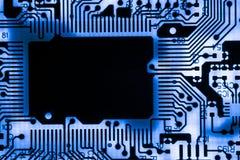 Fermez-vous des circuits électroniques en technologie sur le panneau de logique de fond d'ordinateur de Mainboard, carte mère d'u images stock