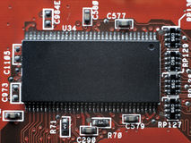 Fermez-vous des circuits électroniques en technologie sur Mainboard photographie stock