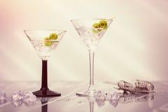 Fermez-vous des cocktails de Martini Images libres de droits