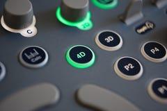 Fermez-vous des contrôles sur la machine de l'ultrason 4D Photographie stock libre de droits