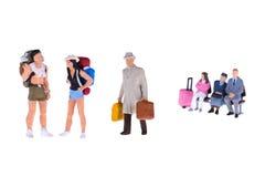 Fermez-vous des personnes miniatures de randonneur et de touriste Photographie stock libre de droits