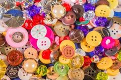 Fermez-vous des vieux et nouveaux boutons Photo libre de droits