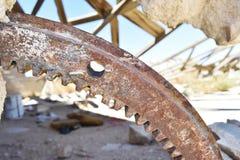 Fermez-vous du bâtiment en pierre ruiné dans le désert Photographie stock libre de droits