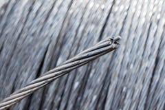 Fermez-vous du câble de corde de fil d'acier Photo libre de droits