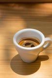 Fermez-vous du café chaud (l'expresso) Photographie stock libre de droits