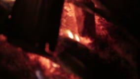Fermez-vous du feu, defocus clips vidéos