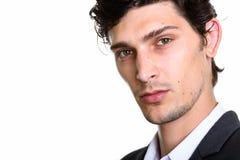 Fermez-vous du jeune homme d'affaires hispanique bel photos stock