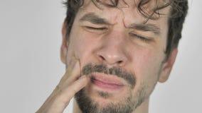 Fermez-vous du mal de dents, homme avec l'infection de dent clips vidéos