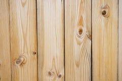 Fermez-vous du mur fait de planches en bois, planches de pin blanc Images stock