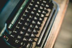 Fermez-vous du vintage de machine à écrire Photographie stock libre de droits