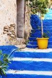 Fermez-vous sur l'escalier de Kali Strata ; photo stock