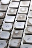 Fermez-vous sur un clavier d'ordinateur utilisé sale photos stock