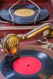 Fermez-vous très vers le haut de la vue sur le phonographe Photo libre de droits