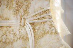 Détail nuptiale de robe Image libre de droits