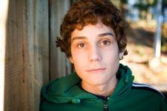 Fermez-vous vers le haut d'un garçon de l'adolescence Image libre de droits