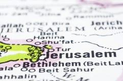 Fermez-vous vers le haut de Jérusalem sur la carte, Israël Image stock