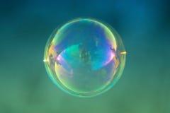 Fermez-vous vers le haut de la bulle de savon simple Photos libres de droits