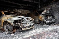 Fermez-vous vers le haut de la photo des voitures d'un burn-out Image libre de droits