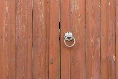 Fermez-vous vers le haut de la porte en bois Photos libres de droits
