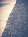 Fermez-vous vers le haut de la réparation de route goudronnée photo libre de droits