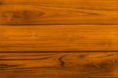 Fermez-vous vers le haut de la table en bois rustique avec la texture de grain dans le style de vintage Photo libre de droits