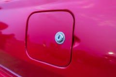 Fermez-vous vers le haut de la voiture rouge Image libre de droits
