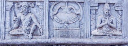 Fermez-vous vers le haut de la vue de la sculpture en Munivar de saints, caisse enregistreuse électronique, Chennai, Tamilnadu, I Image stock